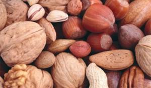 витамины групы В в орехах